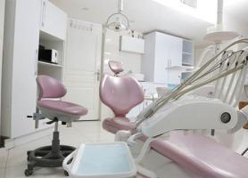 دکتر علیرضا اقبال - جراح . دندانپزشک