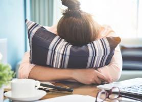 مشکلات هورمونی علائم عوارض و پیشگیری