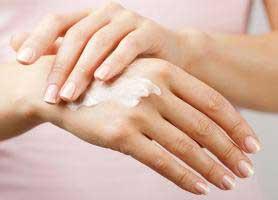 درخشان کننده و تقویت پوست با مصرف این مواد غذایی