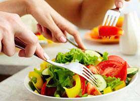 چه غذاهایی بخوریم تا تیروئیدی سالم تر داشته باشیم؟