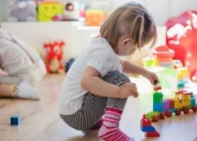 اهمیت بالای بازی و تخلیه هیجانی اطفال