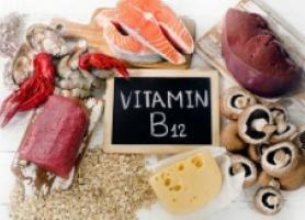 فواید و مضرات ویتامین B12 کدام است؟