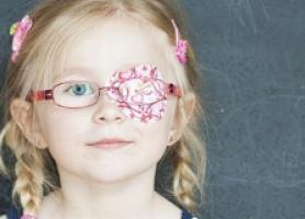 دوبینی چشم در کودکان چیست؟