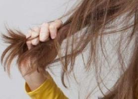 نازک شدن موها چه عللی میتواند داشته باشد؟