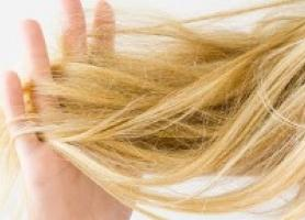 دلایل تشخیص و درمان خشکی مو