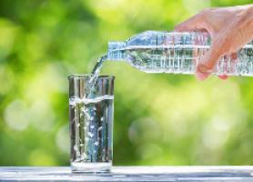 بهترین راه نوشیدن آب برای هیدراته ماندن بدن