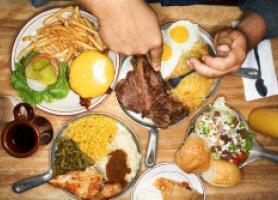 چگونه ولع شبانه غذا خوردن را کنترل کنیم
