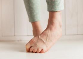علت و درمان بیرون زدگی رگ های بدن