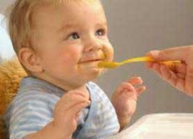 راهنمای کامل غذا دادن به نوزاد