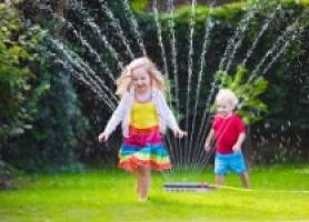 فواید آب بازی در خلاقیت های کودکان